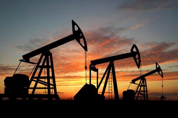 МЭА предсказывает сокращение нефтяного рынка